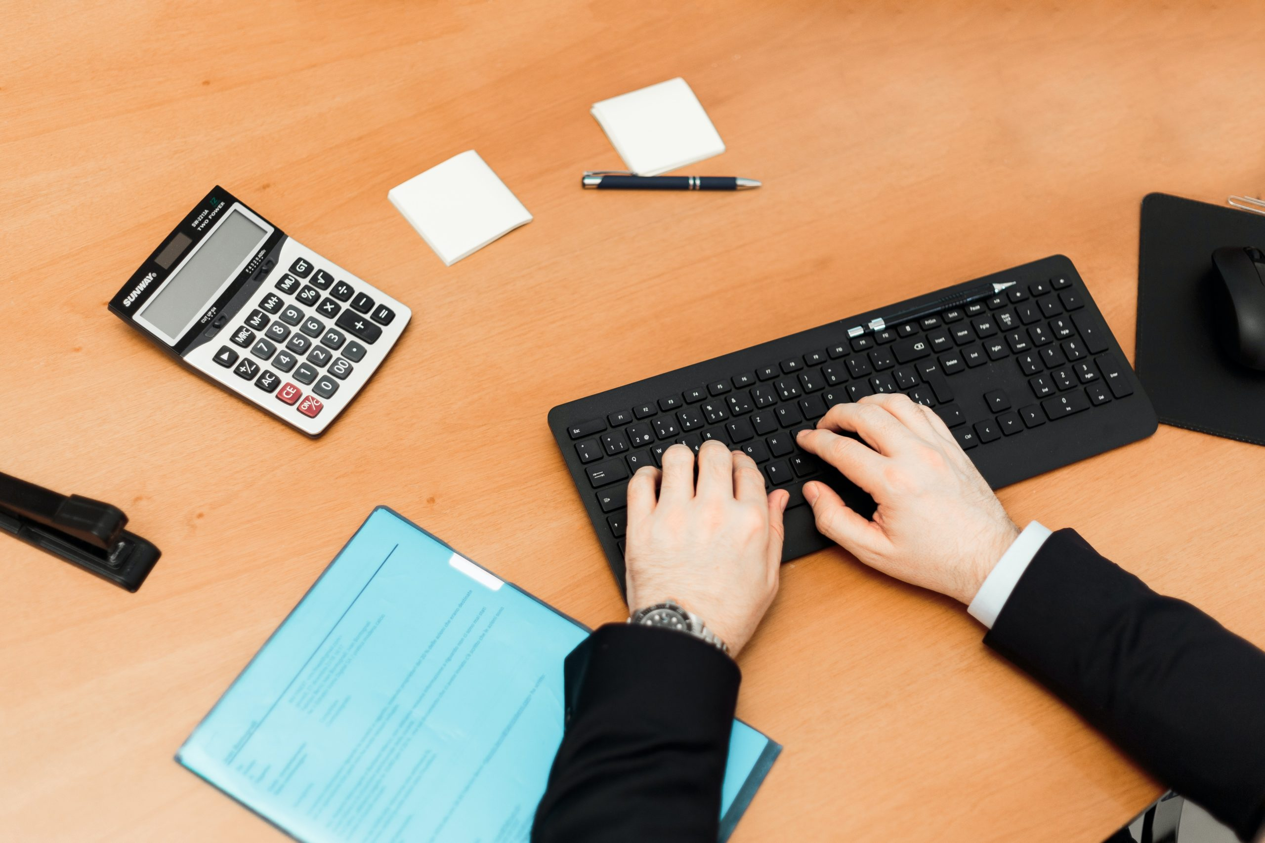 How do I calculate my redundancy entitlement if the company I work for has changed?
